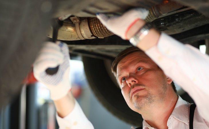 Se recomienda revisar todos los elementos de seguridad del coche con el objetivo de evitar problemas con los nuevos controles