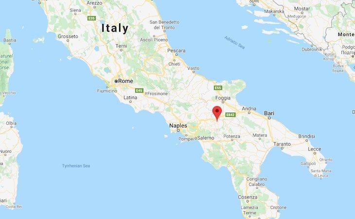 Bisaccia está en muy buena ubicación, a tan solo una hora y media de Nápoles