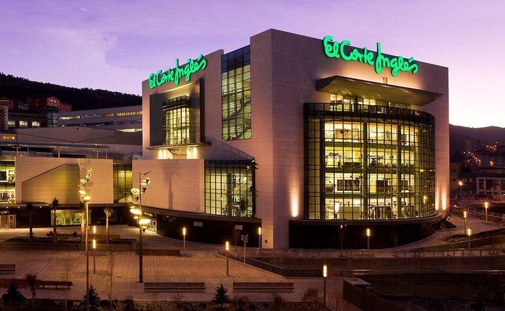 El Corte Inglés se lanzó a abrir macro centros comerciales por toda España, donde no había clientes potenciales y abandonó la salida a Bolsa