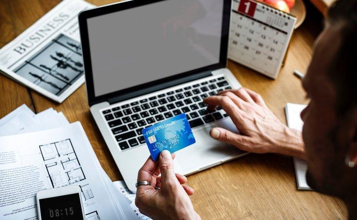 La firma ha tardado demasiado tiempo en abordar el auge de la venta online