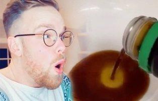 """El nuevo reto viral de Tik Tok: """"saborear"""" la salsa de soja con los testículos"""