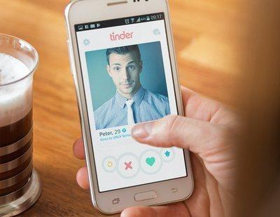 """Tinder introducirá un botón del """"panico"""" para evitar acoso entre sus usuarios"""