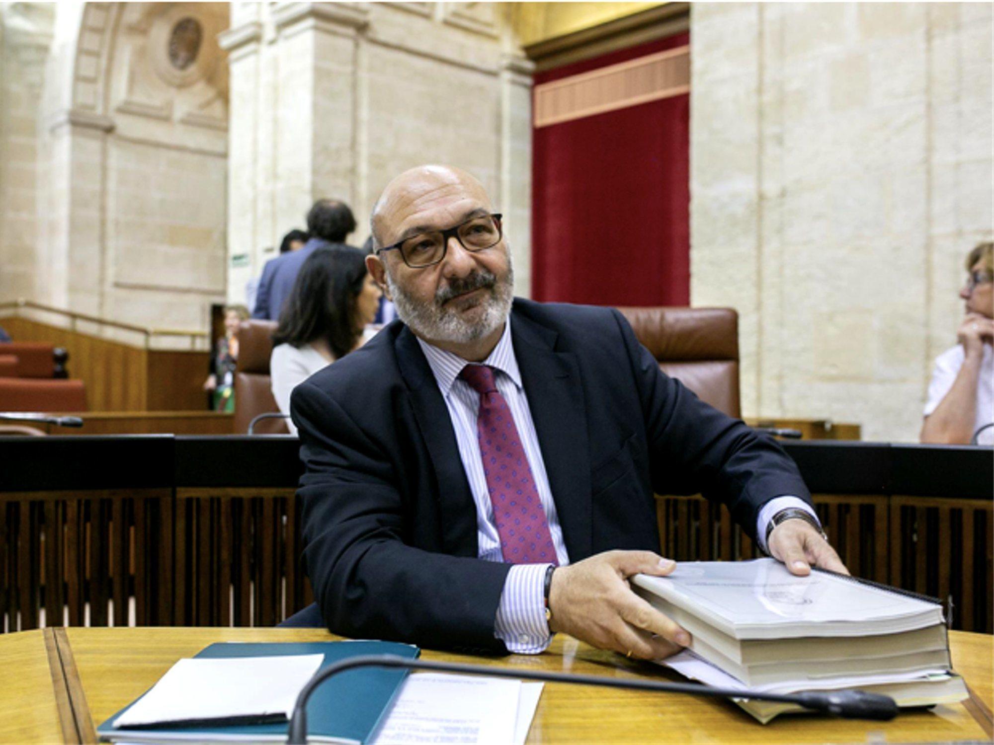 """El portavoz andaluz de VOX, al PSOE: """"Solo interesa hablar del sexo anal, eso sí les pone"""""""