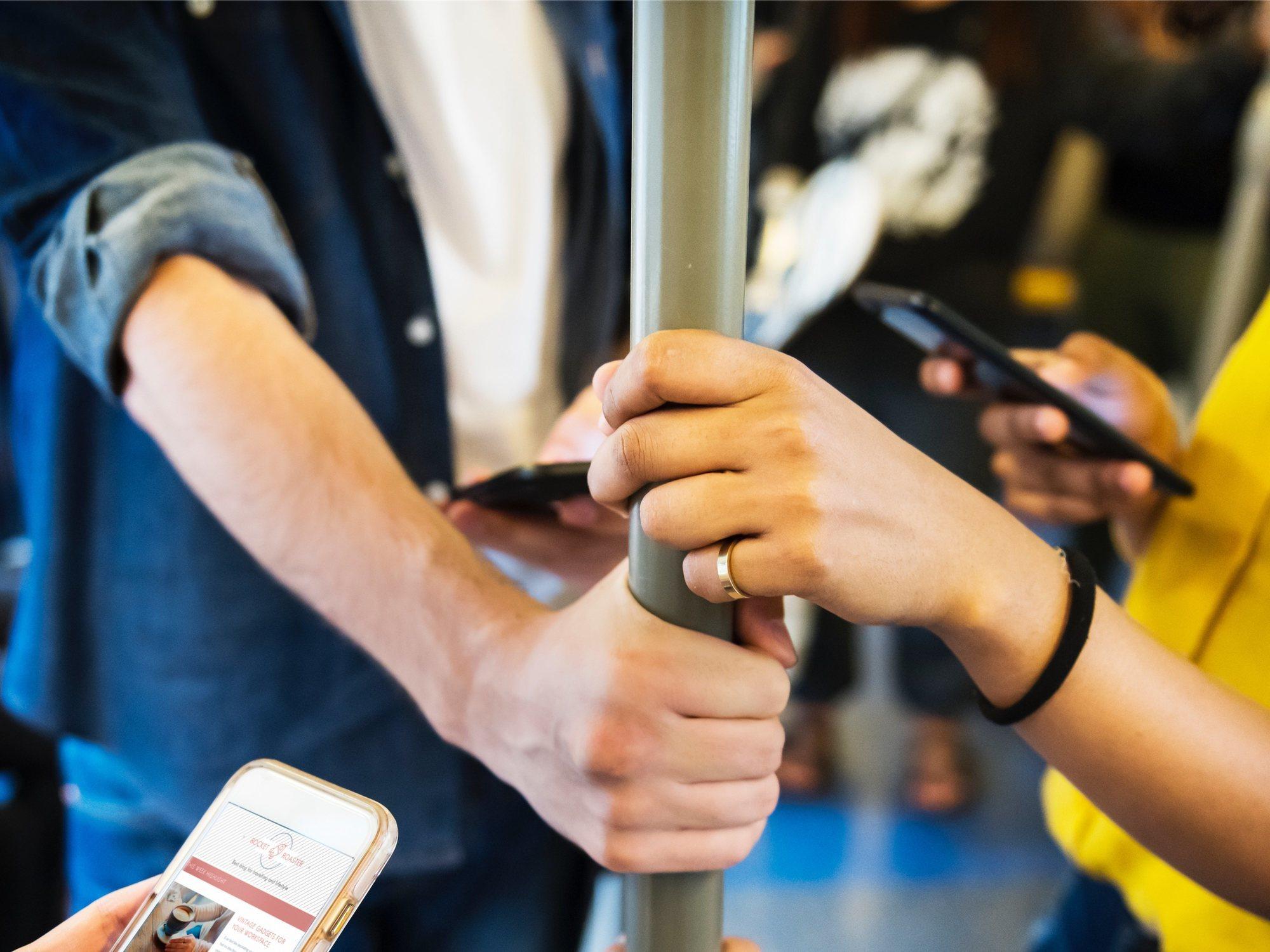 Detenido por masturbarse en el metro e intentar eyacular sobre el rostro de una pasajera