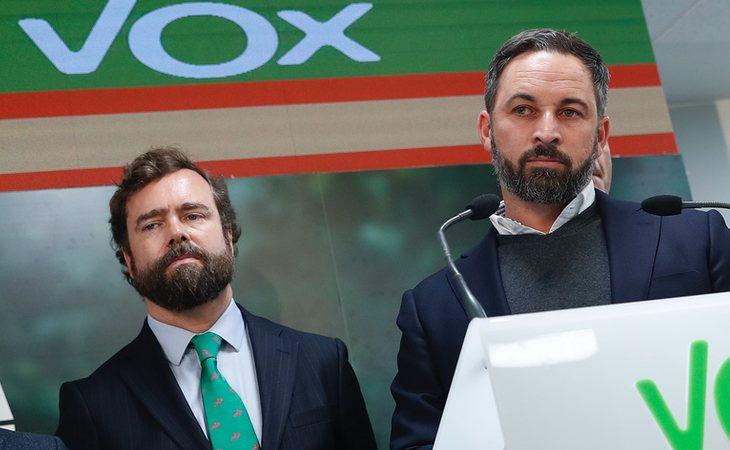 Iván Espinosa de los Monteros y Santiago Abascal cobraron de un grupo iraní cuando se fundó VOX