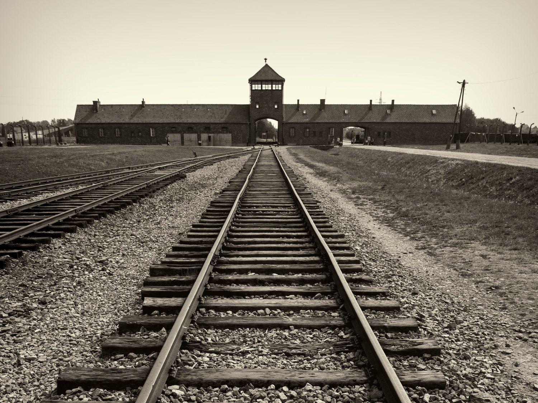 VOX niega que existiera persecución hacia las personas LGTBI en la Alemania Nazi
