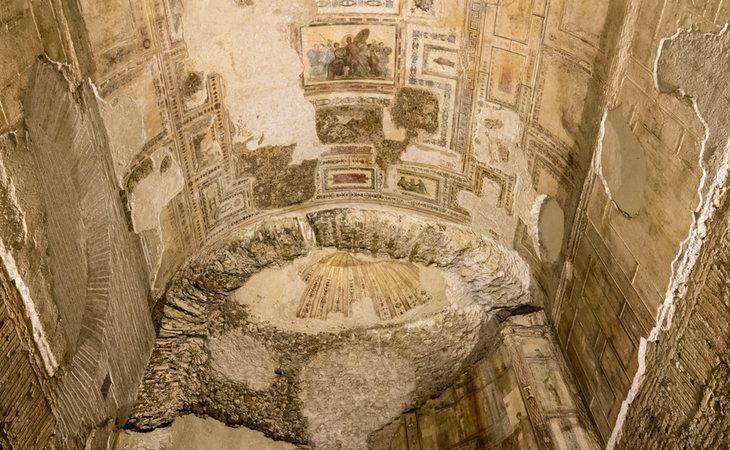 Uno de los múltiples frescos de la Domus Aurea, en Roma