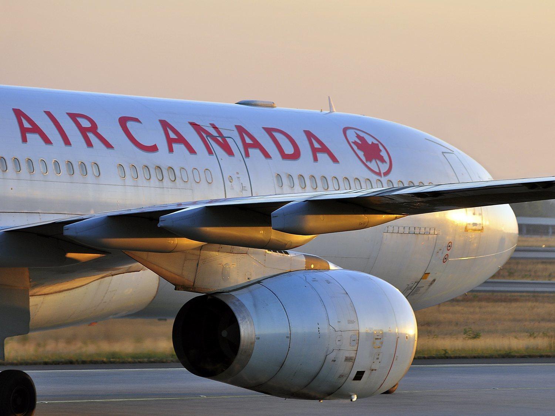 El avión de Air Canada aterriza en Barajas sin incidentes