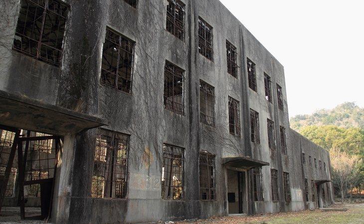 Edificio abandonado en la isla