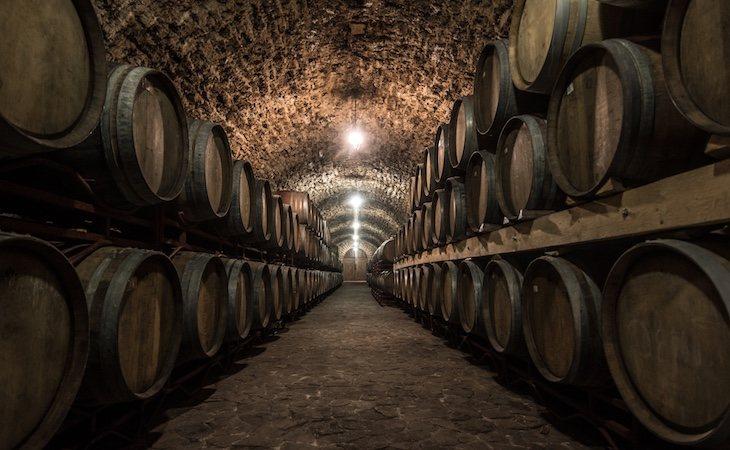 El vino está elaborado con la uva Tintilla de Rota