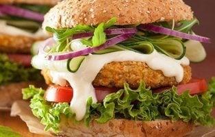 Las 8 mejores hamburguesas veganas del supermercado, según la OCU