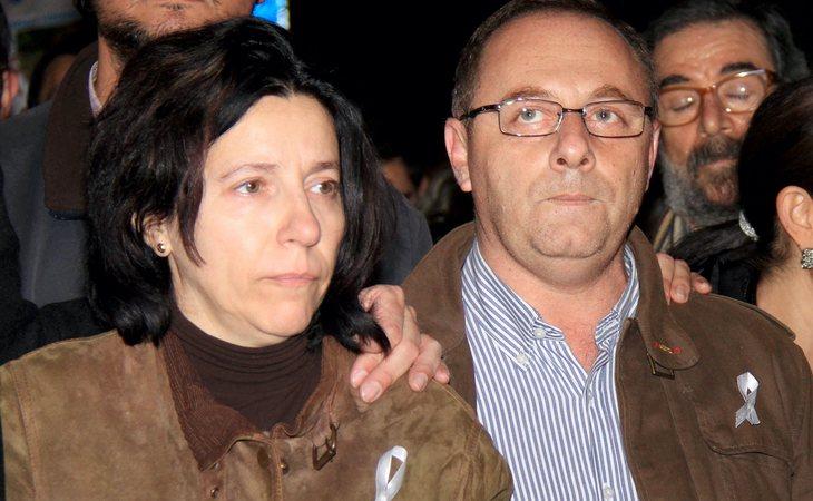 Los padres de Marta del Castillo durante una manifestación por su hija en 2012