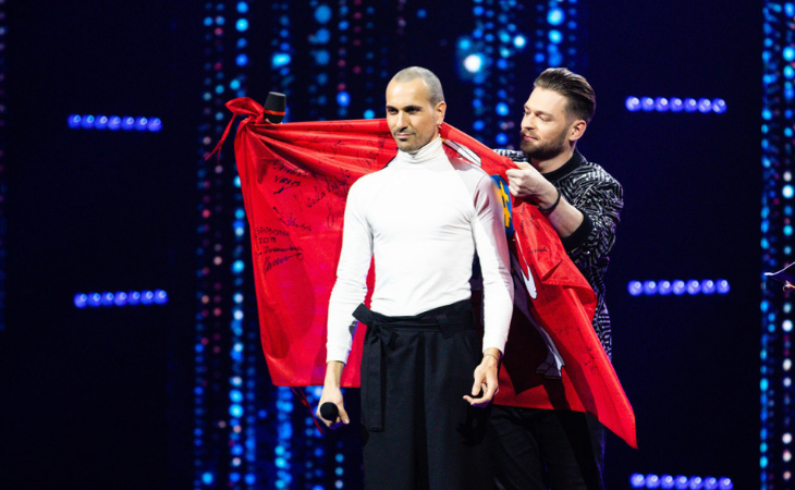 Jurijus, representante de Lituania en Eurovisión 2019, cede el testigo a The Roop