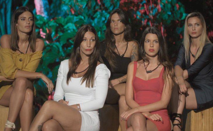Susana, Fani, Fiama, Andrea y Adelina en 'La isla de las tentaciones'