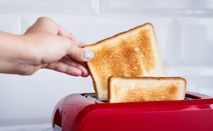 Tomar dos o más tostadas al día está relacionado con el sobrepeso