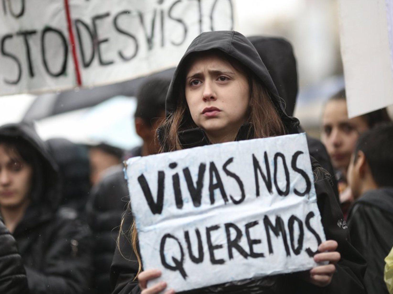 Detienen a tres jóvenes en Bilbao por drogar y violar en 'manada' a una niña de 13 años