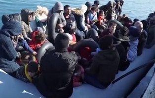 """""""¡Zorras, que folláis como conejos!"""": grupos ultras atacan a refugiados sirios en Lesbos"""