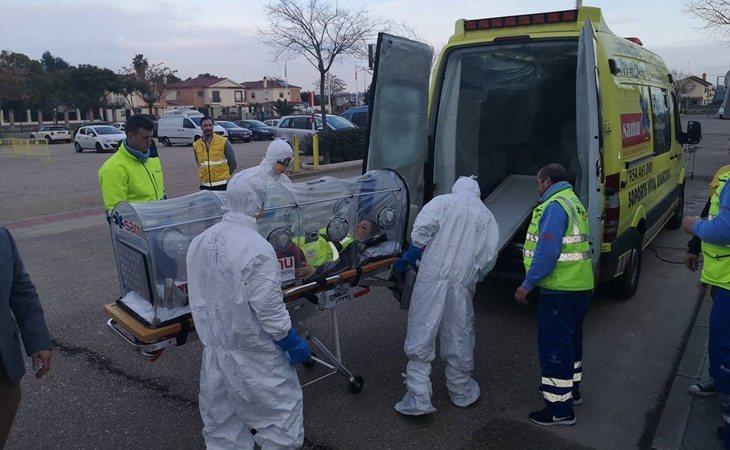 Las autoridades sanitarias españolas tienen experiencia en el traslado de pacientes con enfermedades contagiosas