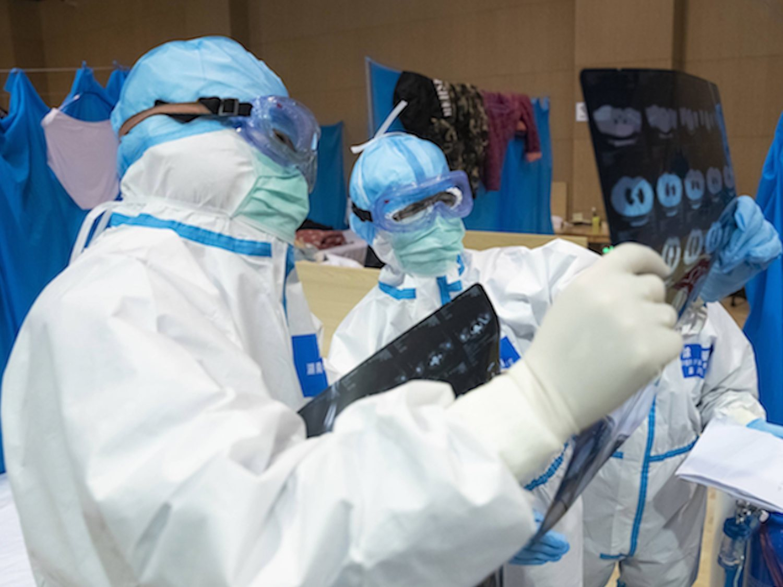 Valencia confirma la primera muerte con coronavirus en España