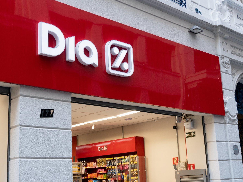 Los supermercados DIA aceleran los cierres con 458 tiendas menos