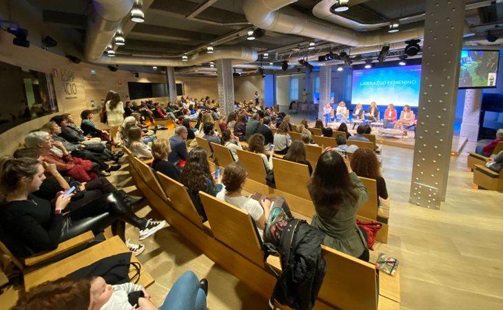 El evento, además de analizar el papel de la mujer en el sector audiovisual, trató de identificar su situación actual, problemáticas y los retos de futuro a los que se enfrenta
