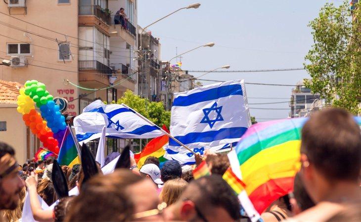 Según el rabino, el coronavirus castiga los desfiles del orgullo