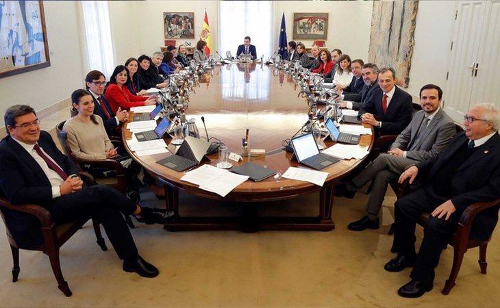Termina el debate en el Consejo de Ministros tras siete horas de deliberación. Ha habido profundas diferencias con Unidas Podemos en el ámbito ...