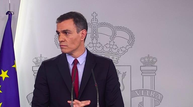 El tráfico aéreo entre la Península con las Islas, Ceuta y Melilla se reducirá en un 50%
