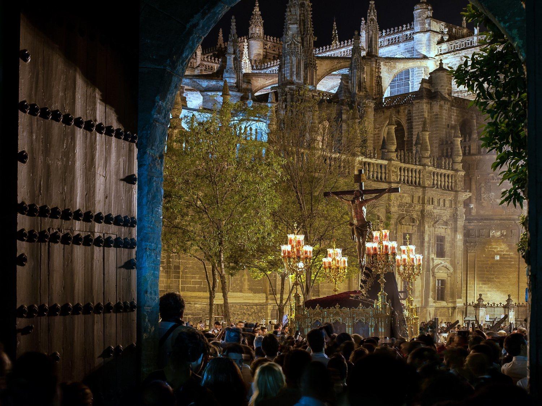 Oleadas de cancelaciones: no habrá Feria de Abril ni Semana Santa por el coronavirus