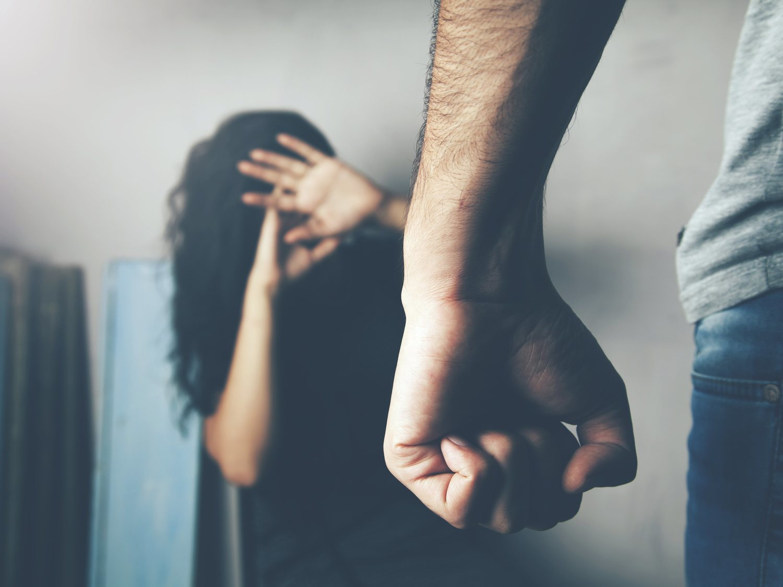 Cómo pueden pedir ayuda las víctimas de violencia de género durante la cuarentena por el coronavirus