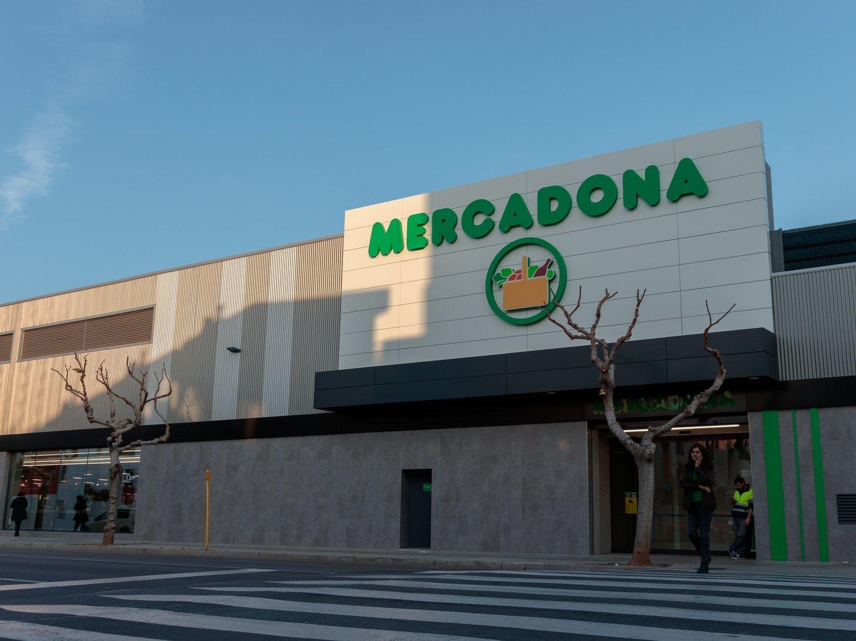 1.338 euros, sin experiencia: Mercadona busca urgentemente personal para reforzar sus supermercados