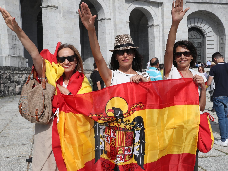 """Franquistas culpan al Gobierno del coronavirus por exhumar a Franco: """"Otra venganza del Tutankaudillo"""""""