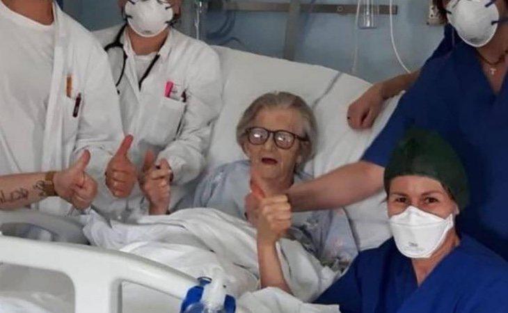 Alma Clara Corsini ha superado el coronavirus con 95 años y se ha convertido en la esperanza de Italia