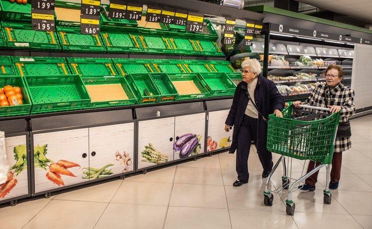 Los supermercados enfrentan más restricciones en algunas localidades
