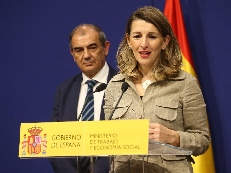 El Gobierno prohíbe los despidos por el coronavirus y obliga a prorrogar contratos temporales