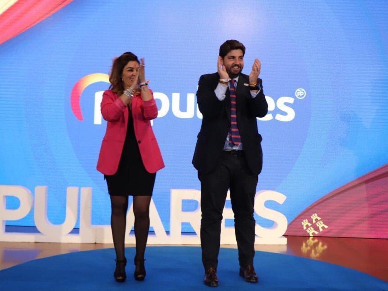 Graban a una edil del PP de Murcia celebrando una fiesta en pleno confinamiento