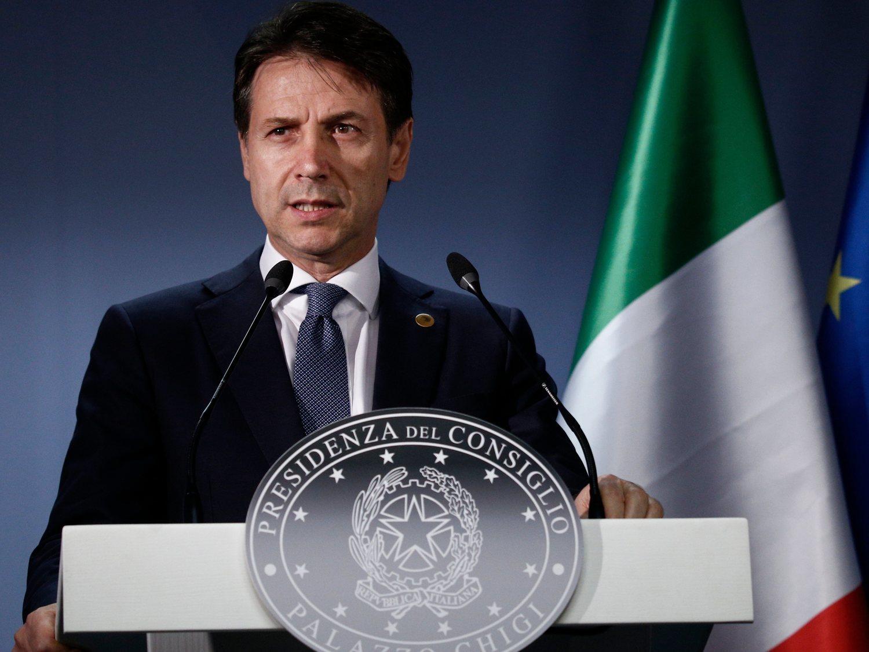 """Italia prevé abandonar la cuarentena en mayo, pero advierte: """"Olvídense de las playas"""""""
