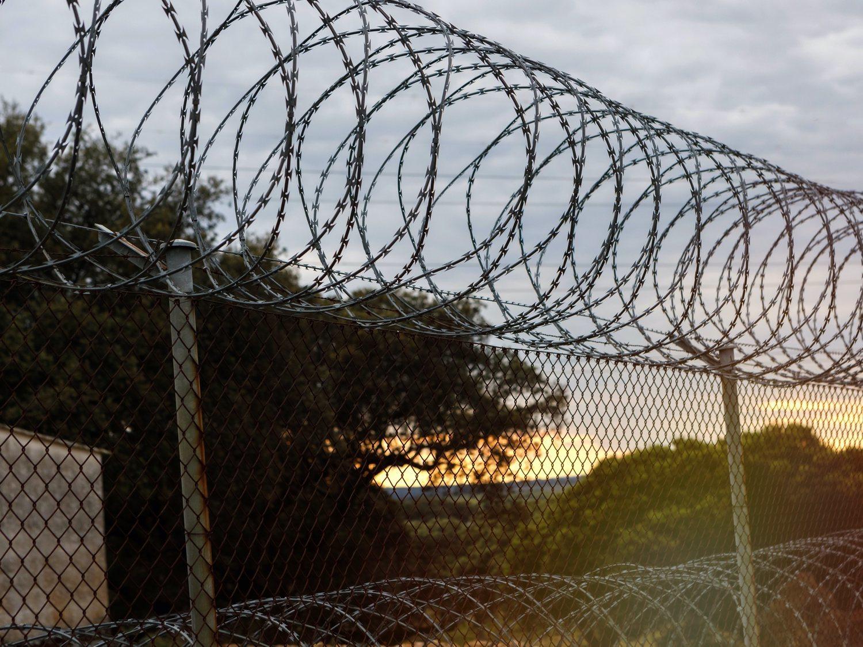 Estalla un motín en la cárcel de Ocaña: incendios y enfrentamientos con la policía