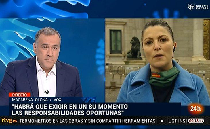 Enfrentamiento entre Macarena Olona y Xabier Fortes en 'Los desayunos de TVE'