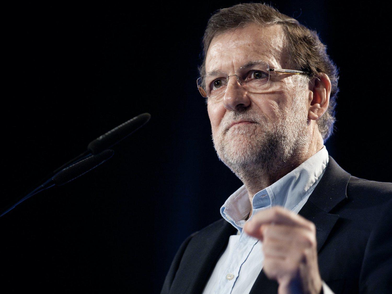 Rajoy se salta a diario el confinamiento: sale a pasear y sus vecinos le han fotografiado