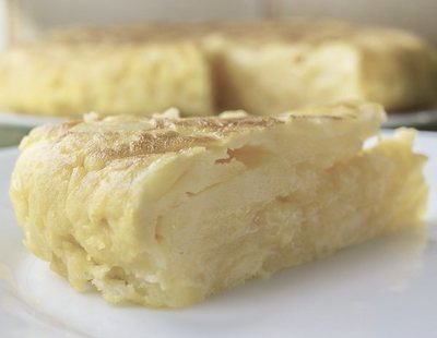 Estas son la mejor y peor tortilla de patatas envasada del supermercado, según la OCU