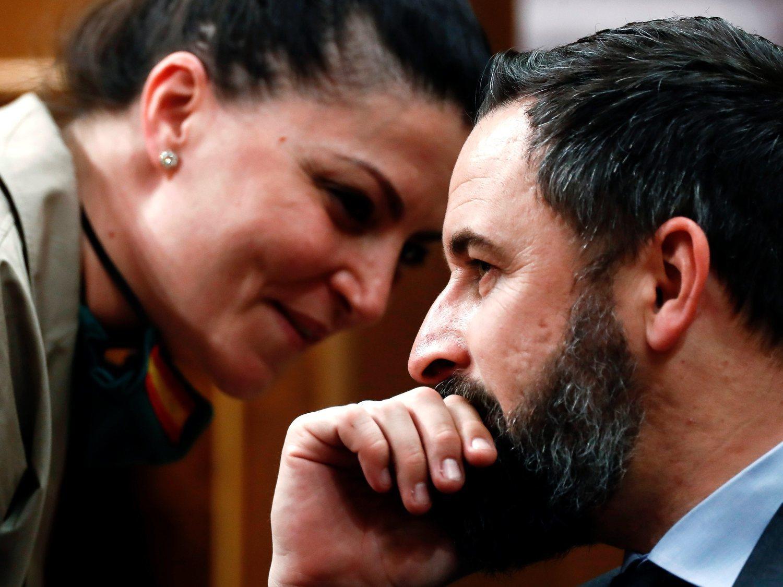 VOX, la ultraderechita cobarde: borran tuits tras la denuncia del PSOE