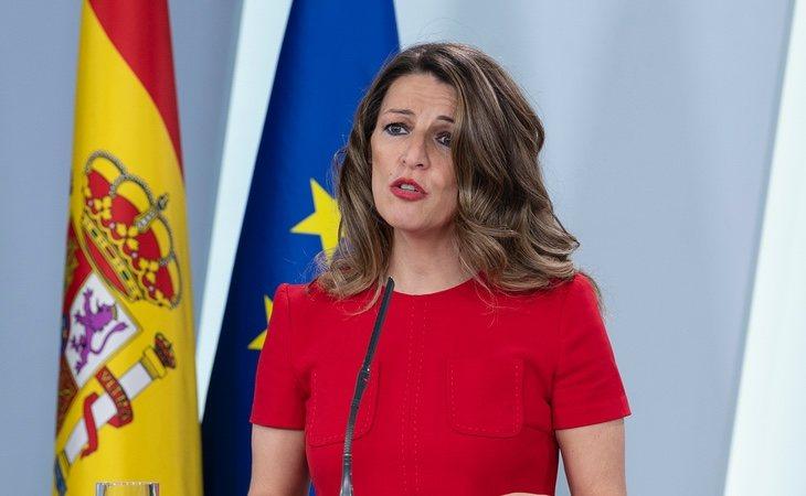 Trabajo baraja ampliar los ERTE a actividades esenciales para garantizar el futuro de las empresas