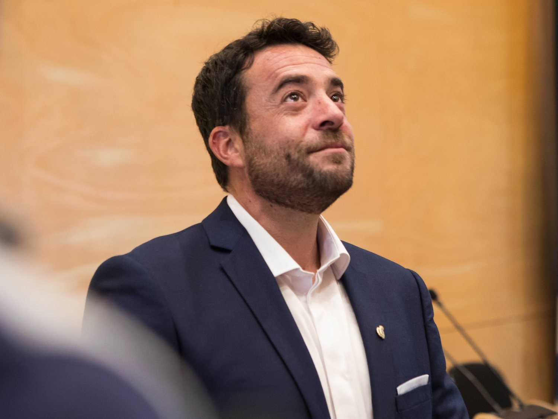 Detenido el alcalde de Badalona por saltarse el confinamiento y conducir borracho