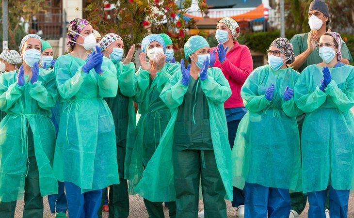 Los sanitarios, en primera línea en la lucha contra el coronavirus