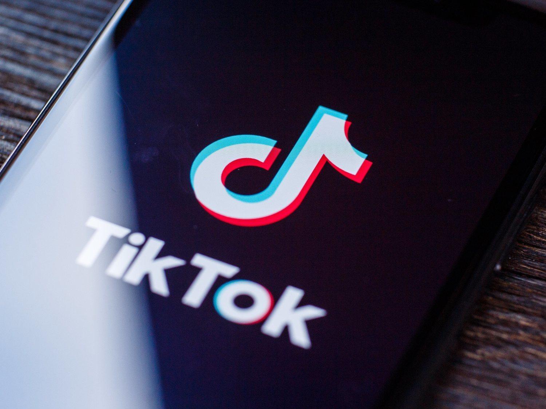 TikTok tiene por norma no promocionar y hasta eliminar vídeos de gente fea, gorda o con discapacidad