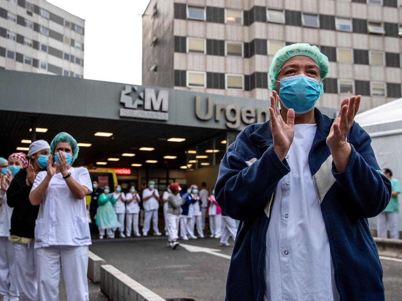Un enfermero remueve conciencias explicando por qué rechaza los aplausos sanitarios
