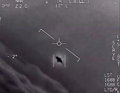 El Pentágono publica tres vídeos oficiales de OVNIS
