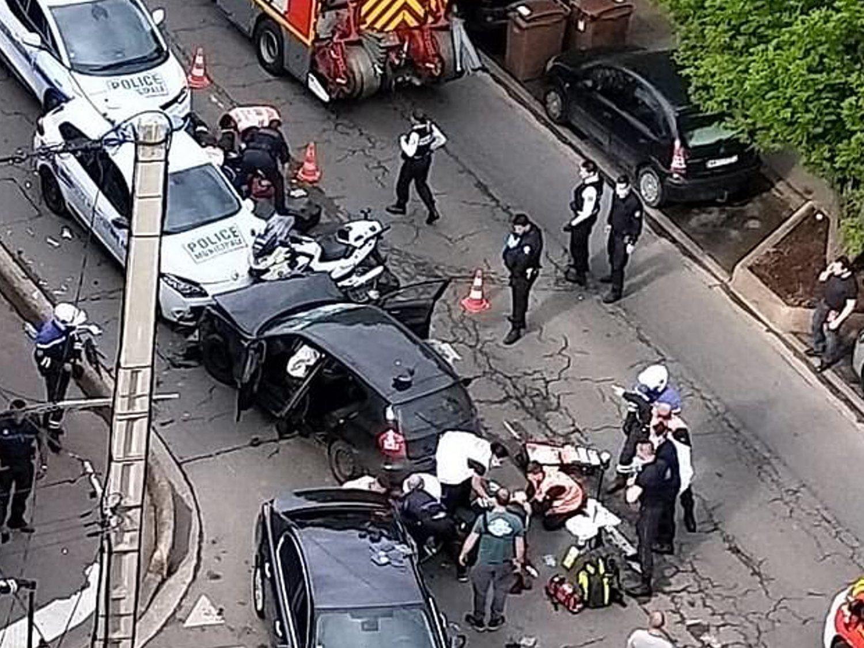 Francia investiga como atentado terrorista el atropello deliberado a tres policías