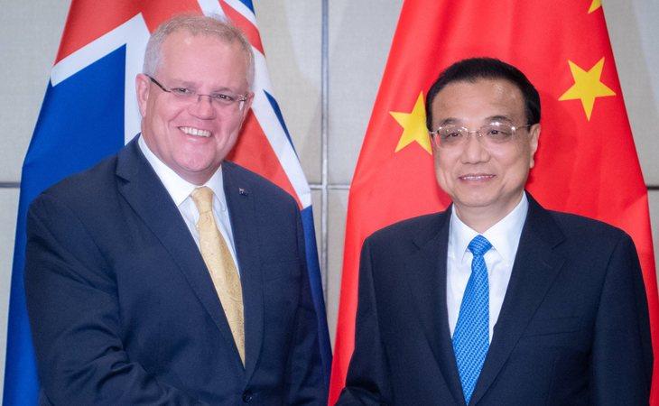 Scott Morrison, primer ministro australiano, y Li Keqiang, primer ministro de China